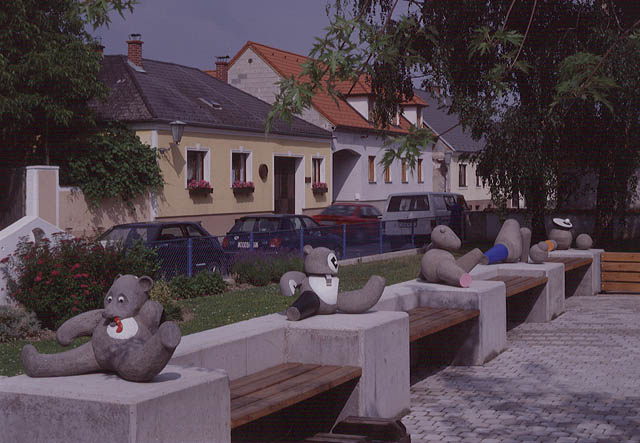 K.U.SCH., objects for play in front of the nursery school in rohrendorf