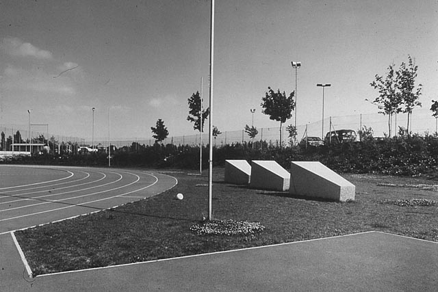 eva afuhs, outdoor design at the st. pölten sportwelt noe (formerly regional sports school)