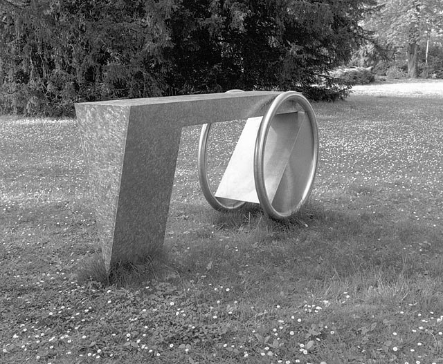 tomas hoke, object at gutenbrunner park in baden